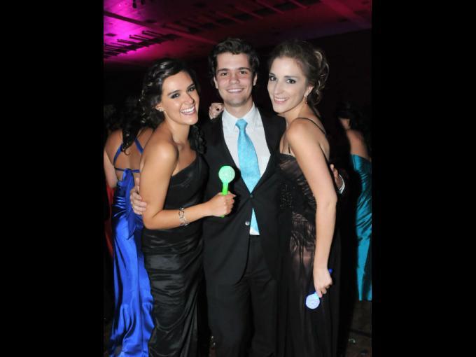 Cynthia Ochoa, Andrés Ferrer y Karina López
