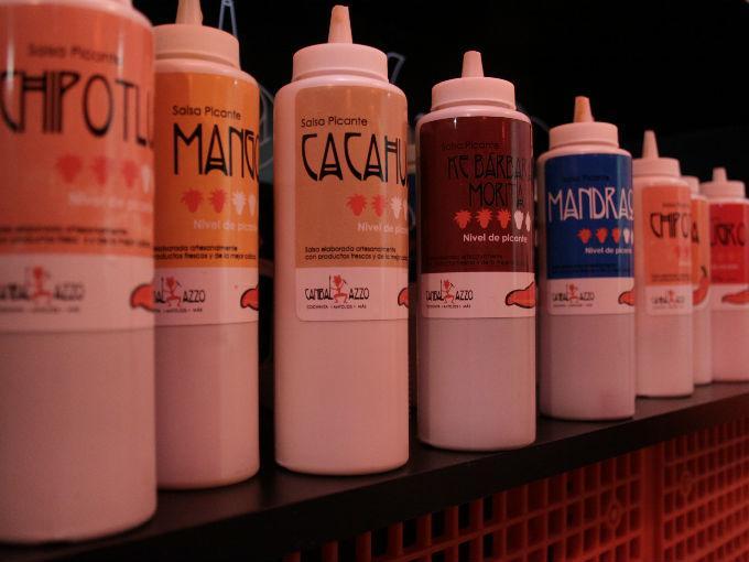 Las salsas dulces favoritas fueron la de mango y cacahuate y para que los que prefirieron lo picante, la chipotluda, chabelita y peligro.