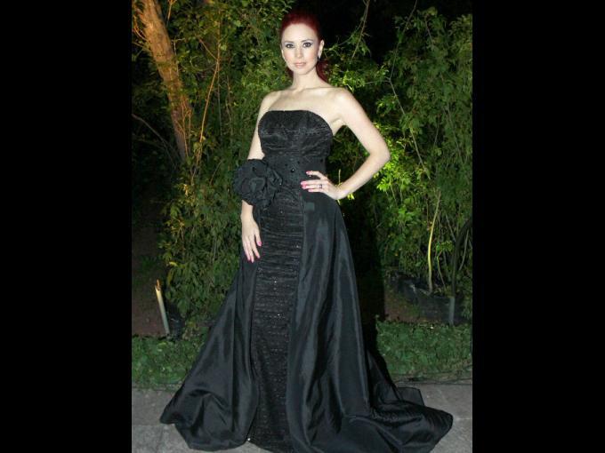 Andrea Torre. Diseñador del vestido: Jossy Javier