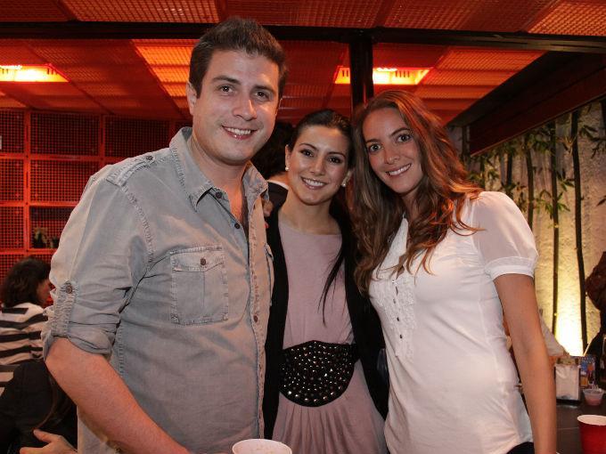Eduardo González, Elisa Cadenas y Pamela Gabilondo