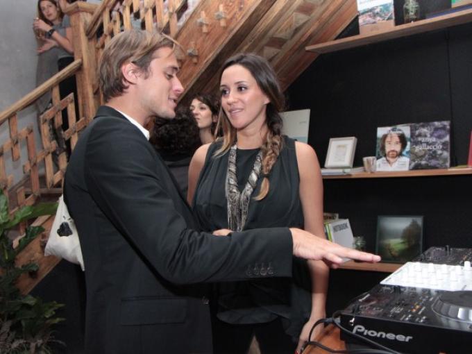 Alex Anderson con Marcela Lugo