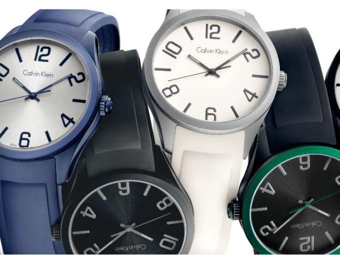 Para esta temporada Calvin Klein nos muestra una línea de relojes con tonos brillantes, convirtiéndolos en el  toque perfecto del look casual de fin de semana. Con un diseño juvenil y minimal se convertirán en los favoritos de la temporada. Conoce nuestros favoritos