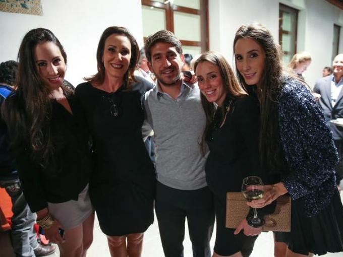 Jéssica Zundel, Irene Zundel, Jacobo Zundel, Michelle Zundel y Luca Mikel