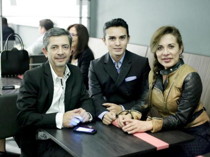 Giovanni Zenteno, Manuel de la Loza y Ana Hernández