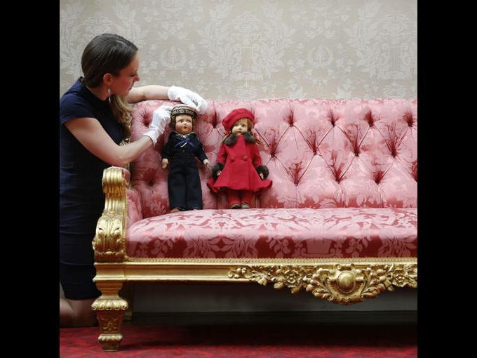 5.Muñecos que formaron parte de la exposición que cuenta con dos siglos y medio de historia de la familia real