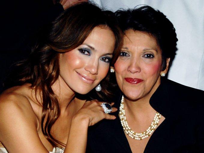 Jennifer Lopez y Guadalupe Lopez