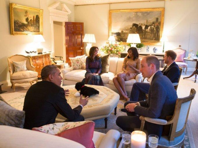 Los Obama aprovecharon para almorzar con la Reina Isabel II en el Castillo de Windsor, para después viajar hacia Alemania, la última escala de su viaje por Europa.