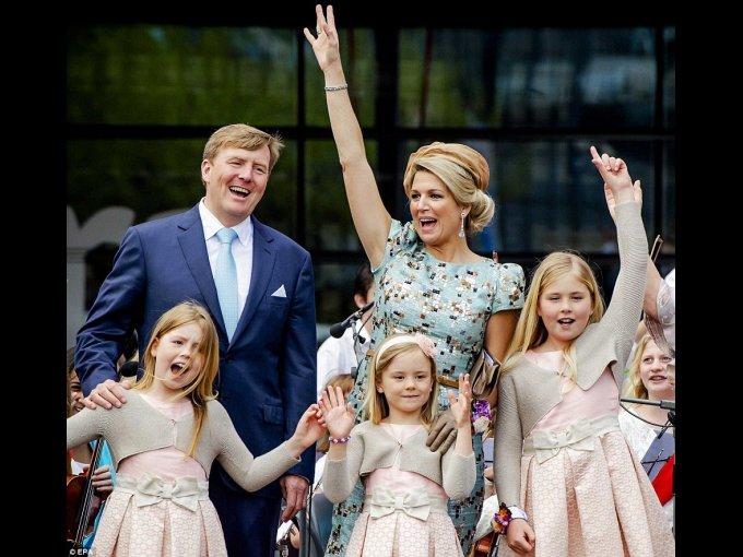 Máxima de Holanda: la reina nacida en Argentina, es fanática de las creaciones de Valentino y Natan (casa de moda belga, favorita de la realeza europea).
