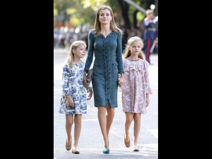 Doña Letizia de España: además de los infaltables looks de Felipe Varela, la Reina de España, también luce prendas del 'fast fashion' español como Zara, Mango y Uterqüe.