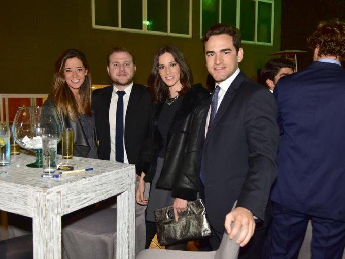 Paola Kiehnle, José León, Regina Bortoni y Teo Gutiérrez