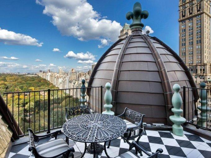 Además, cuenta con una terraza que tiene una espectacular vista de Central Park y la Quinta Avenida.