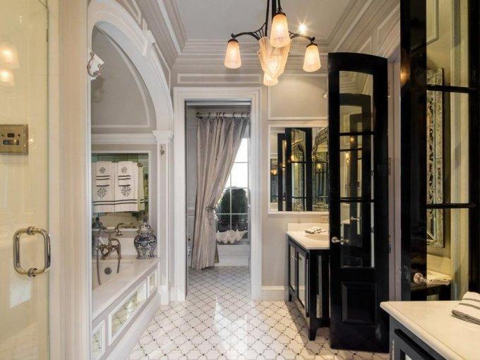 Un baño digno del Plaza, y de cualquier otro hotel de lujo.