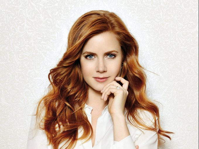 Amy Adams / Mesera de Hooters