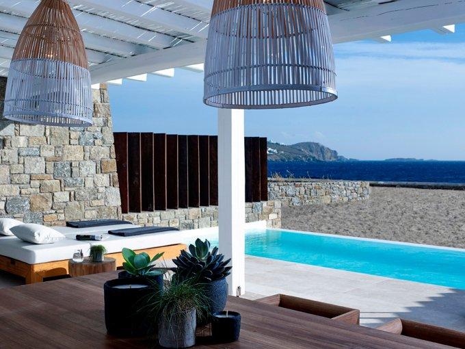 Bill & Coo Coast, Agios Ioannis: Creado por el famoso hotelero Theodosis Kakoutis, este lugar solamente tiene suites de lujo. Masajes privados en una de sus increíbles albercas y comidas griegas tradicionales te esperan en este lugar.