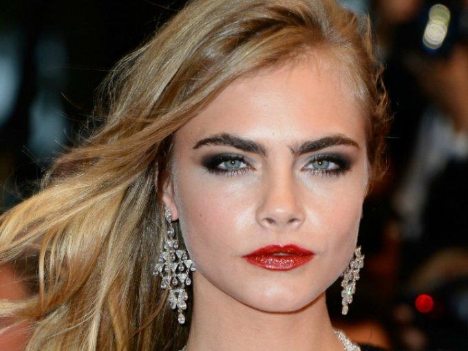 Las cejas son una característica MUY importante de la cara, pues son las que le dan fuerza y/o movimiento al rostro. Estas famosas son aclamadas por tener las cejas 'perfectas':