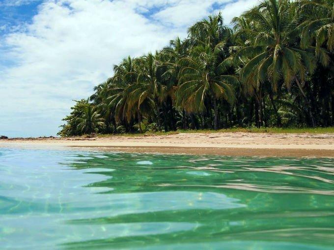 Costa Rica es un destino perfecto para los amantes de las playas exóticas, de hecho está considerado uno de los lugares con las mejores playas de Centroamérica e incluso del mundo. El clima tropical y la riqueza natural conquistan a los viajeros…