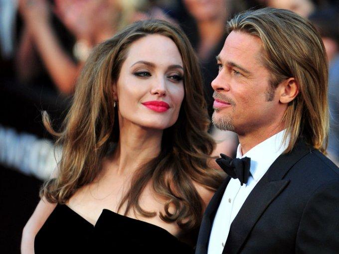 A veces creemos que las parejas de famosos durarán para siempre y los convertimos en nuestros ideales por su vida de glamour, apoyo y amor... Pero a veces nos olvidamos que son humanos y algunas terminan por no funcionar, aquí la lista de las parejas que en serio nos dolió su separación
