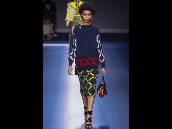 Manuela Sanchez: De Republica Dominicana, esta caribeña de 16 años de edad ha captado la atención de firmas como Louis Vuitton, Paco Rabanne, Versace y Prada.