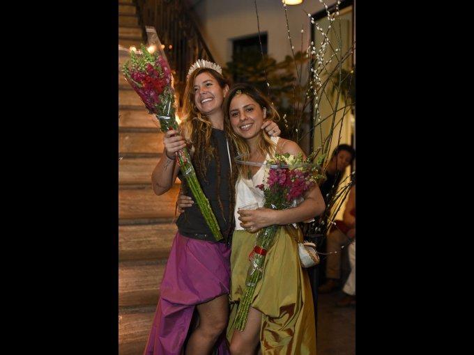 Anapola Couchonnal y Valeria Escobedo