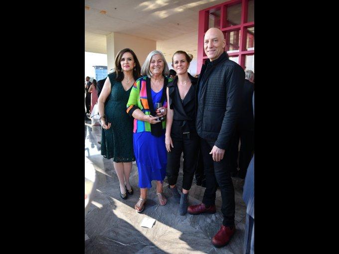 Dorle Klokow, Karina Velasco y Lawrence Lanoff