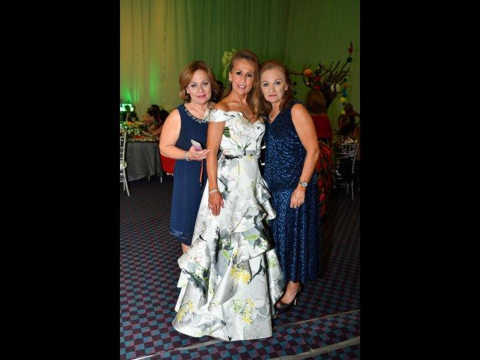 Elen Campos, Yvonne Campos y Rebeca Campos