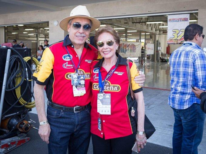 Óscar Peralta y Marcela Peralta