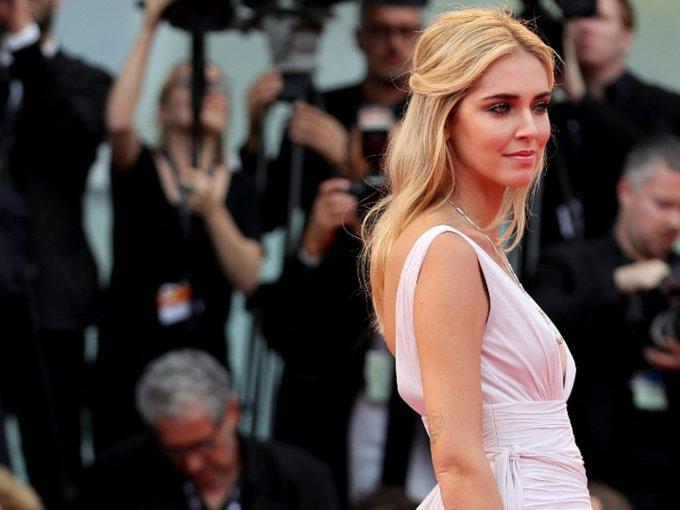 La edición 74 del Festival de Cine de Venencia se llevó a cabo, y los asistentes lucieron sus mejores looks. Aquí, los que más destacaron: