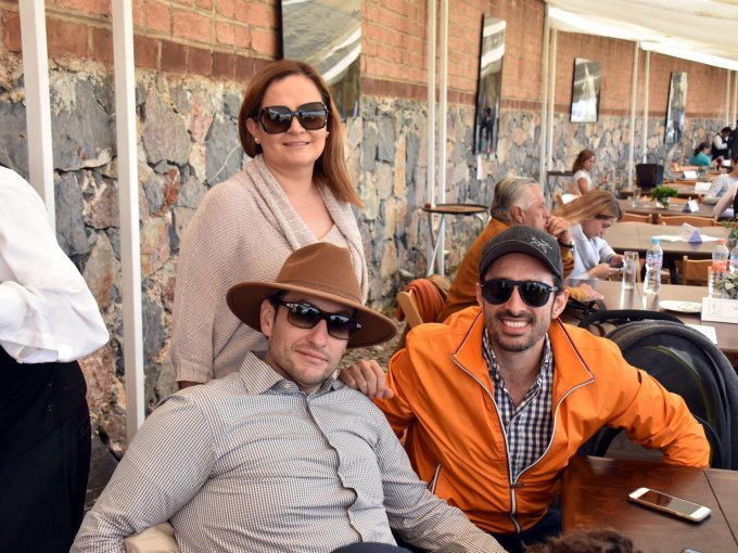 Javier Cuello, Ana Luisa de la Cruz y Rolando Zubirán