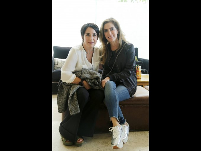 Niki Webelman y Mónica Schekaiban