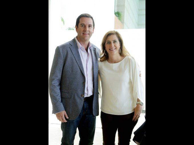 Javier Fernández Cueto y María José Irurita