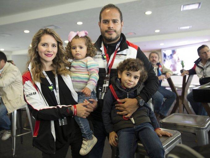Raquel, Valentina, Omar y Mateo Terán
