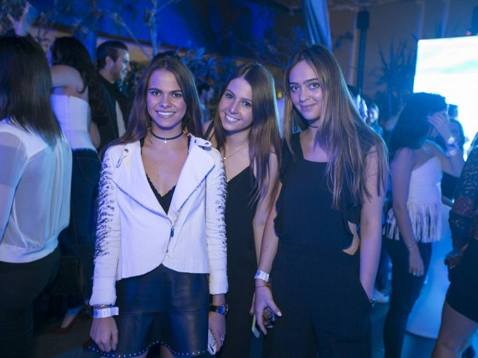 Luciana Amodio, Jimena Elizundia y Camila Escalante