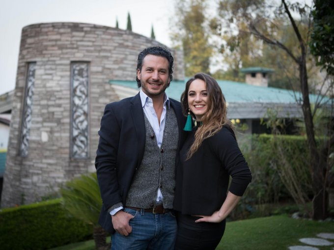 Antonio Gaudry e Isha Villaseñor