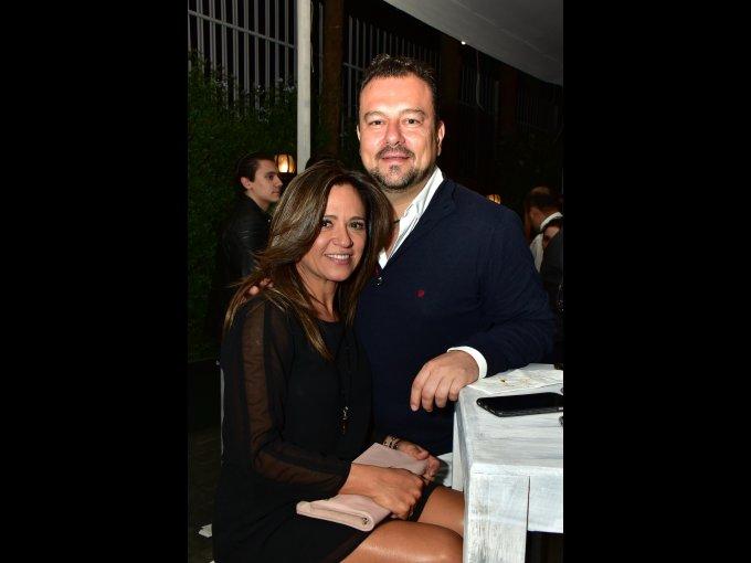 Laura Sánchez y Víctor Coggiola