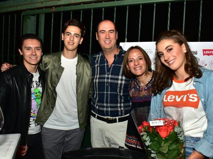 Antonio Uribe, Paulo González, Antonio González, Jessica González y Sofía González