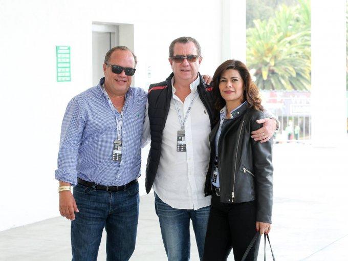 Armando, Eduardo y Claudia Siller