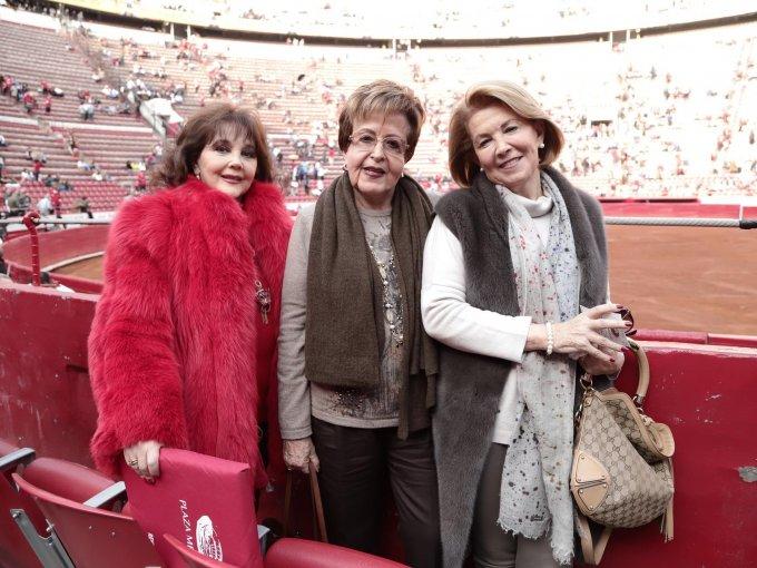 Norma Gaona, María Elena Esparza y Josefina Pérez Simó