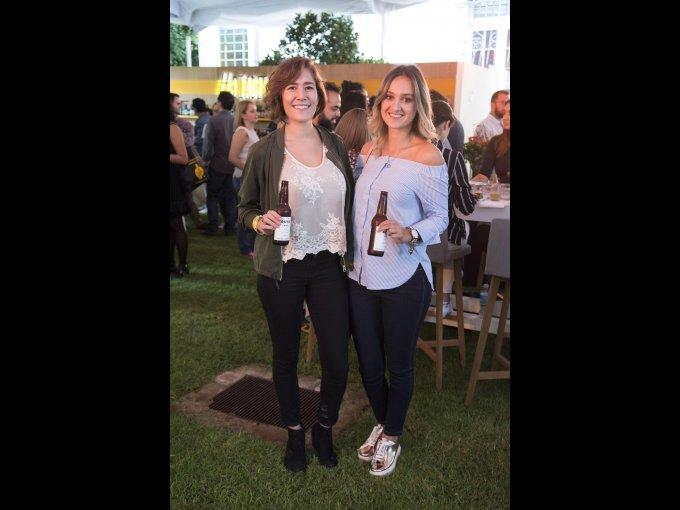 Fernanda García y Daniela Oropeza 11 DE