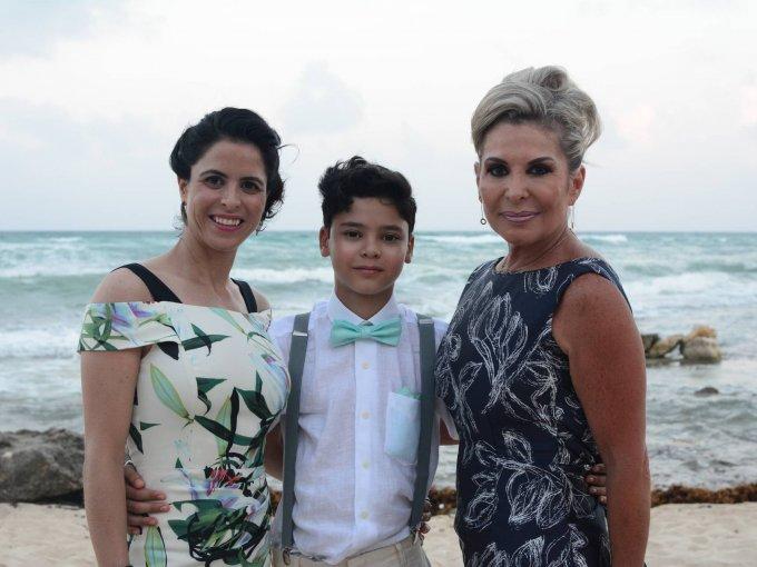 Verónica Arana, Tiago Torres y Lorena Torres