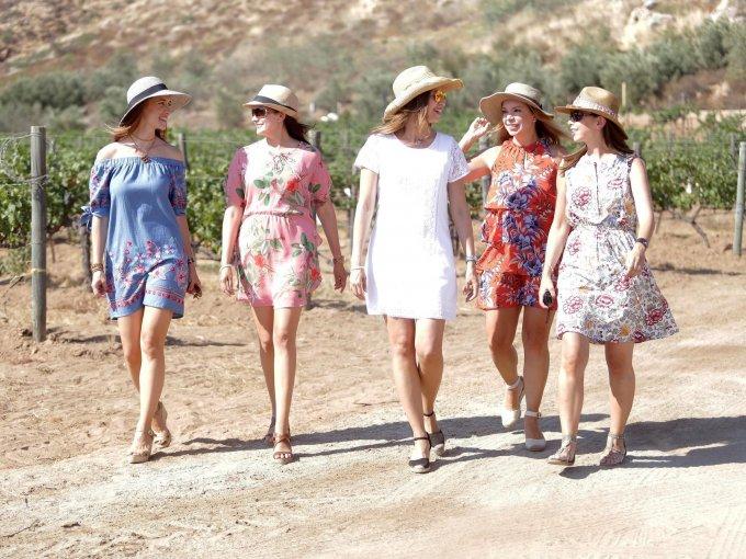 Ana Luisa Peris, Gisela Vargas, Paola Medina, Maggie Rodríguez y Vanessa Rubio