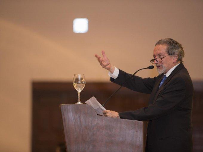 Carlos Escandón