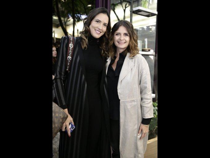 Mô Almada y Mónica Quintero