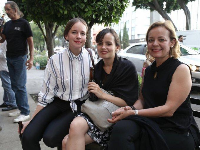 Cecilia Peralta, Carolina Peralta con Cecilia Golarte