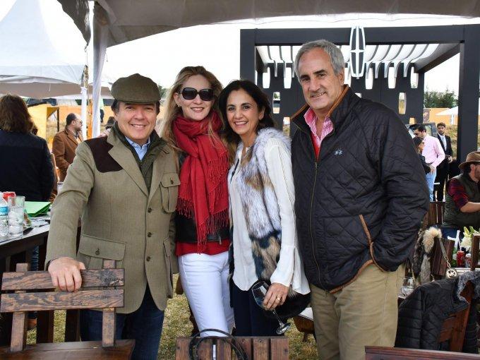 Hugo Villalobos, Mónica Villalobos, Cecilia Olazabal y Luis Olazabal