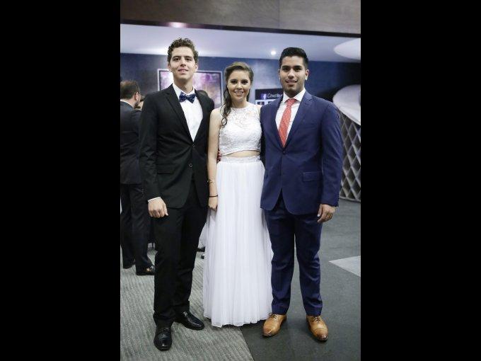 Luis Gutiérrez, Daniela Villegas y Jorge Camacho