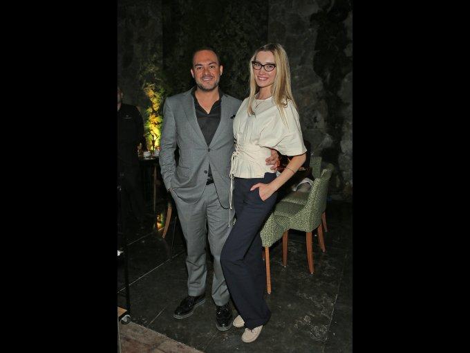 Miguel Verduzco y Anastasia Sycheva
