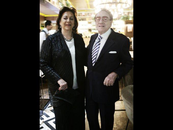Lili y Pedro Checa