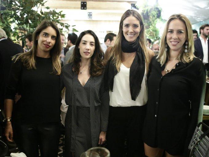 Carla Braun, María Téllez, Lorenza Bernot y Daniela Sánchez Navarro