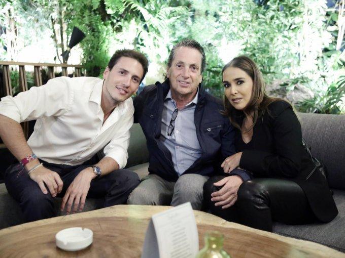 Jorge y Jorge Roca con Mariel Moreno