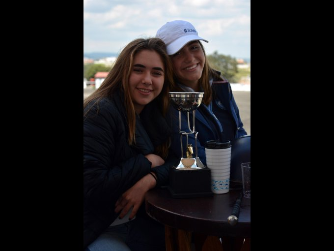 Ana Álvarez y Gaby Duclaud